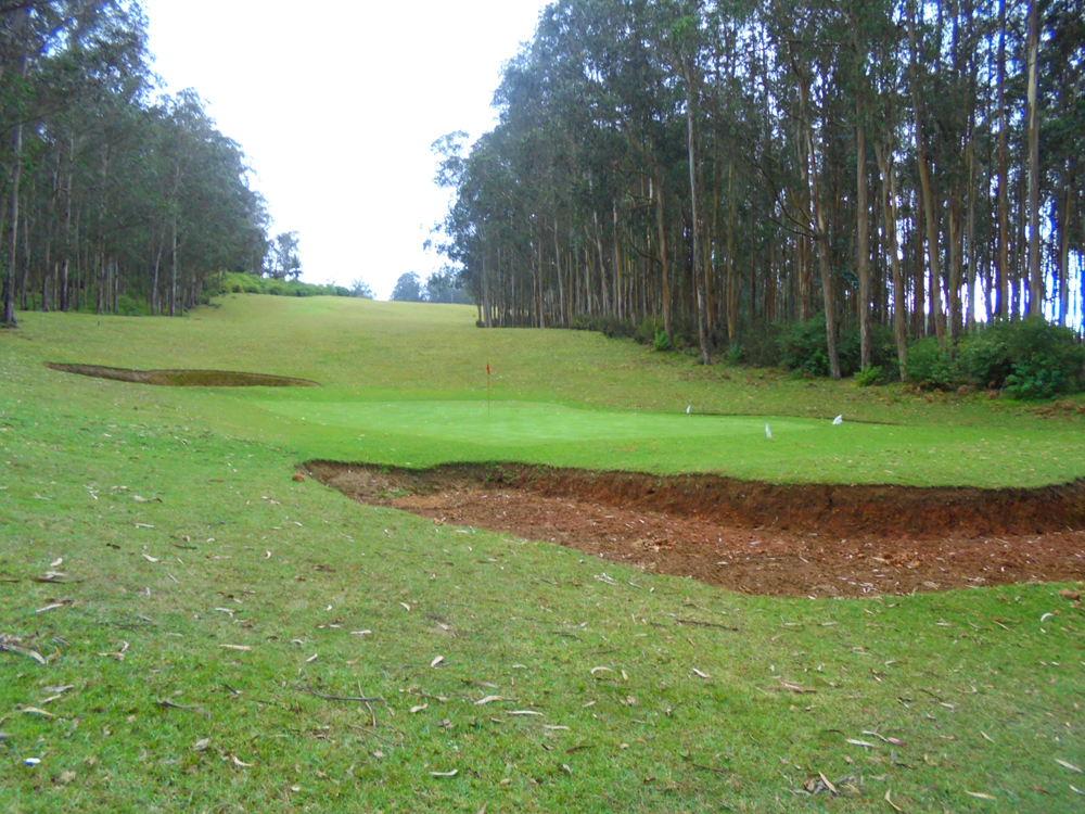 1st-green-with-fairway-in-the-rear1
